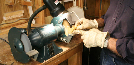 How To Choose The Right Bench Grinder For Your Workshop