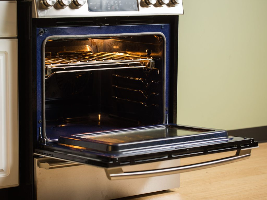 Advantages of using a gas oven