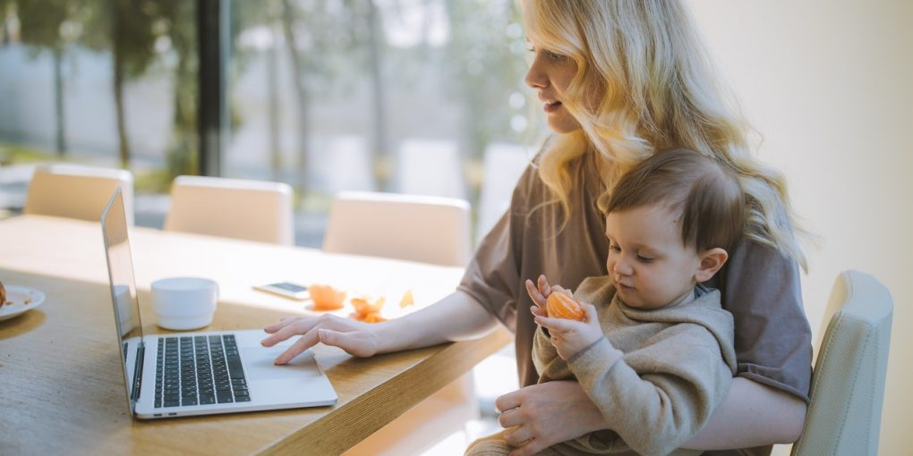 The Dos and Don'ts of Life Insurance for Moms