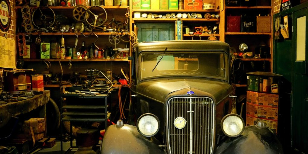 10 Tips To Set Up The Perfect Garage Workshop