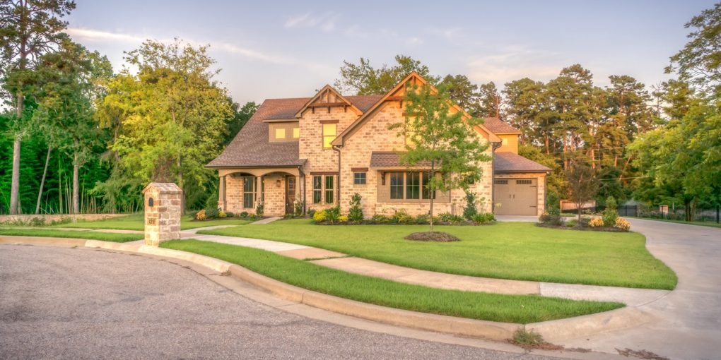 What You Need to Know About Buying a Family Home