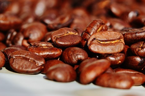 Are You a Coffee Connoisseur? Things You Should Have in Your Kitchen